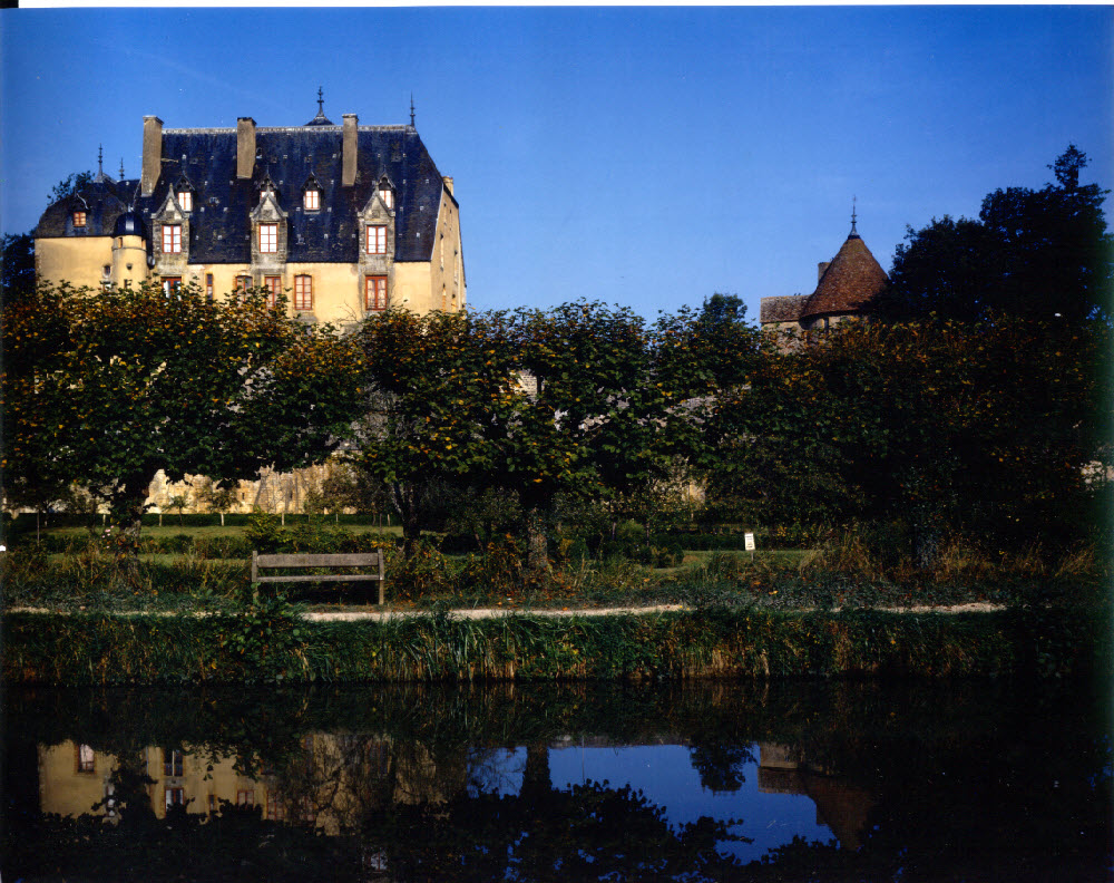 Canal and chateau